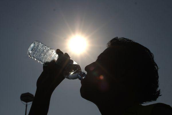 NO OLVIDES HIDRATARTE. Calor y más calor en Hidalgo